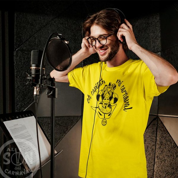 camiseta oh capitan mi carnaval - frase arriba - amarillo