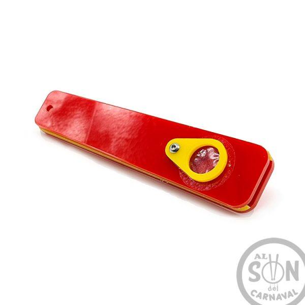 pito de carnaval metacrilato color rojo y amarillo